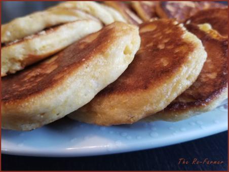 20180220sourdough.cornmeal.pancakes
