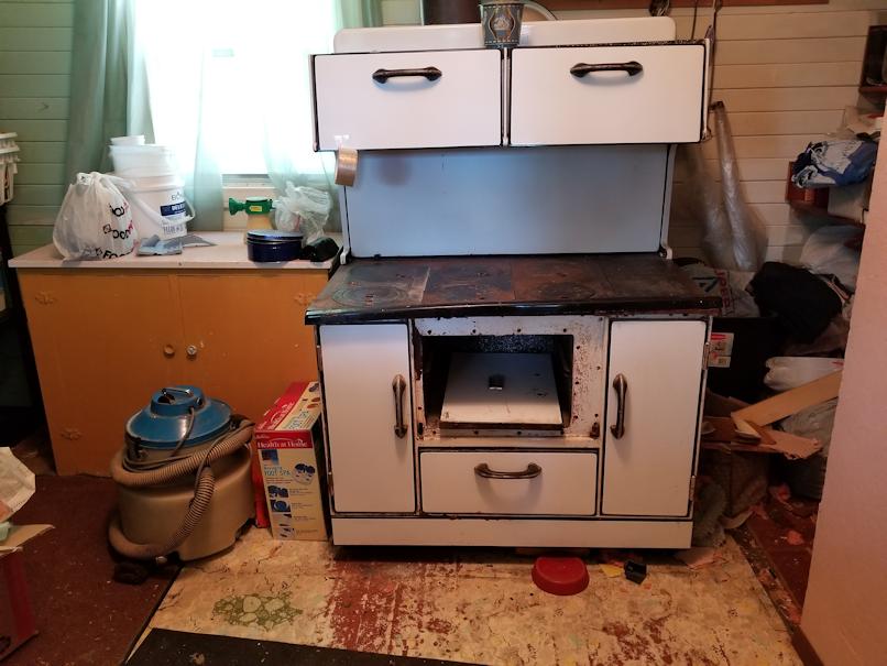 20180706.cleanup.oldkitchen.stove.progress