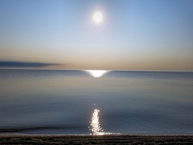 20180809.beach.sun