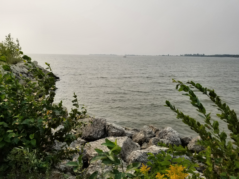 20180811.beach.sailboat